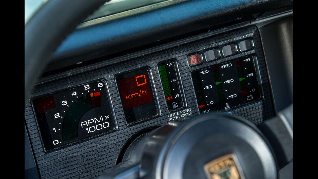 Pontiac Firebird Trans Am GTA, Anzeigeinstrumente