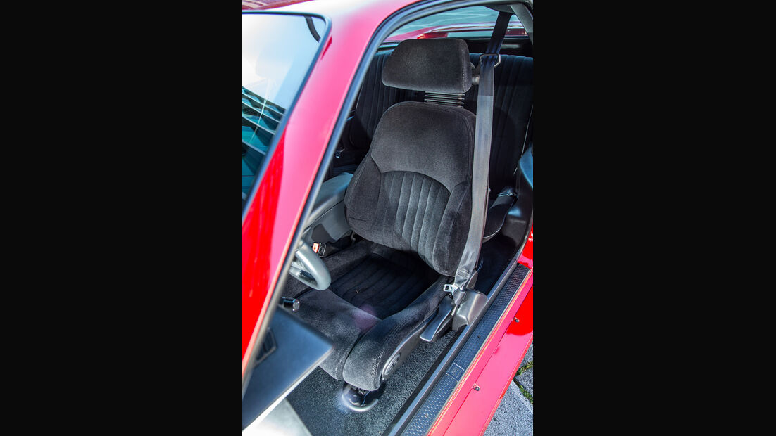 Pontiac Firebird Trans Am GTA, Fahrersitz