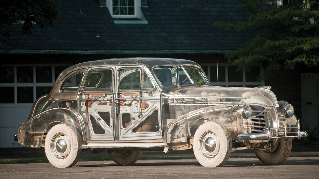 "Pontiac Plexiglas Deluxe Six ""Ghost Car"" (1939)"