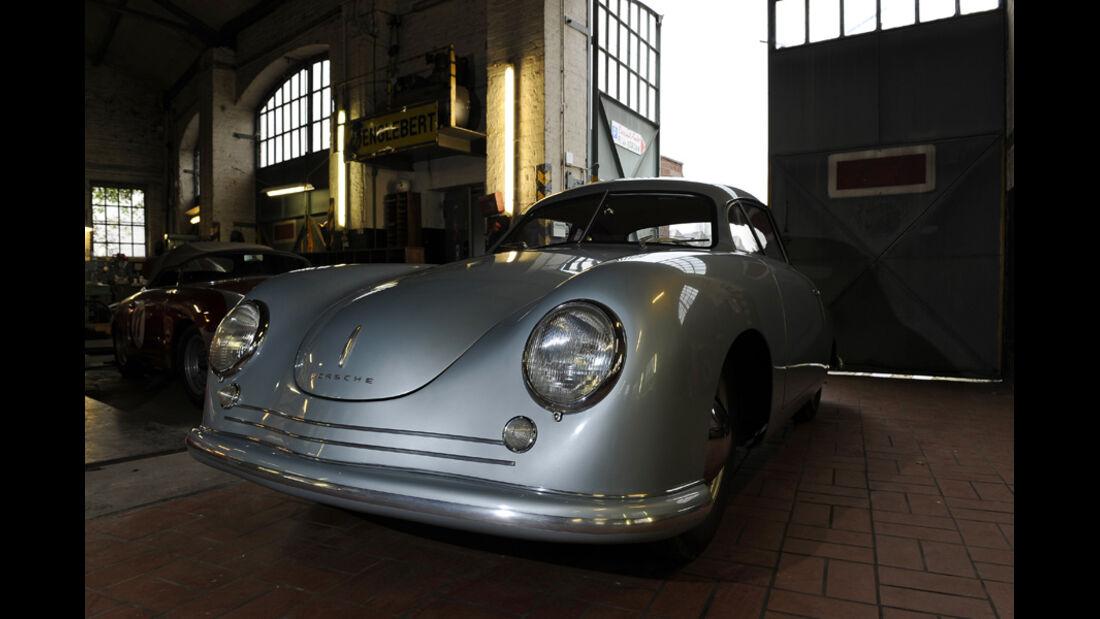 Porsche 356/2-004, Frontansicht, Garage