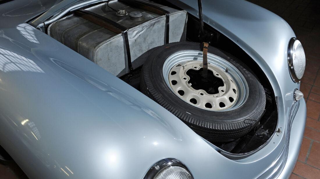 Porsche 356/2-004, Kofferraum, Ersatzrad