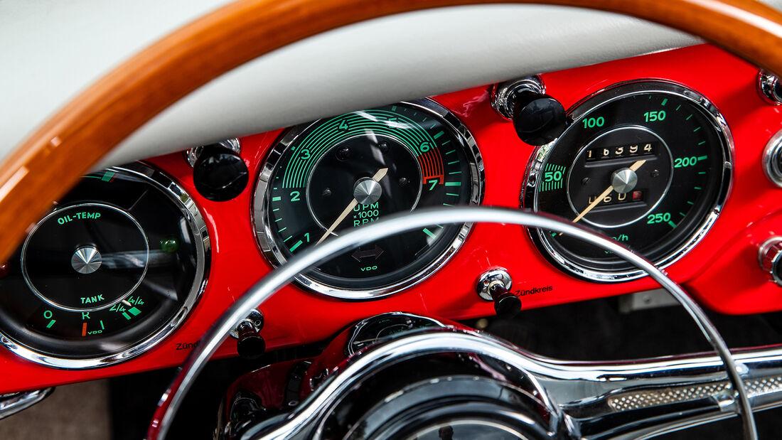 Porsche 356, Anzeigen