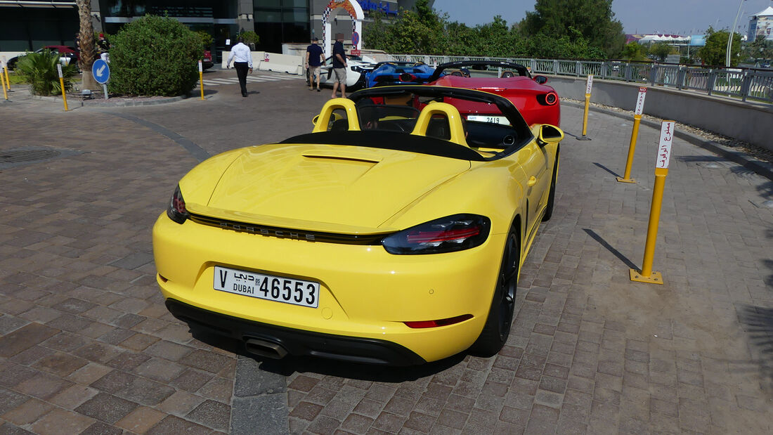 Porsche 718 Boxster - Carspotting - GP Abu Dhabi 2019