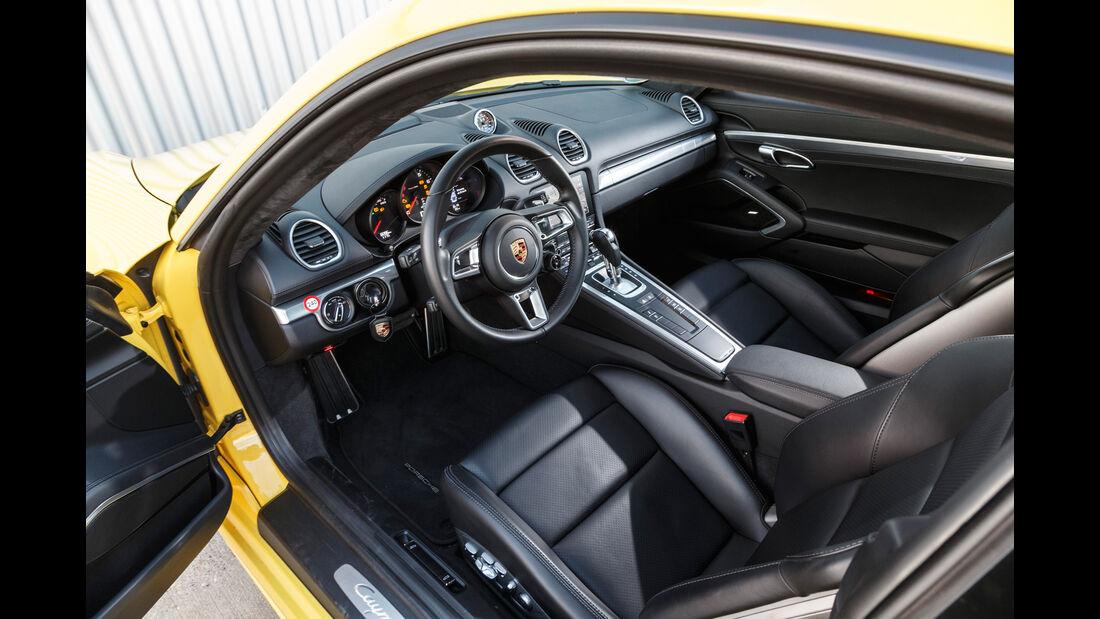 Porsche 718 Cayman, Cockpit