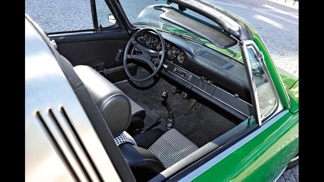 Porsche 911 2.4 Targa, Cockpit