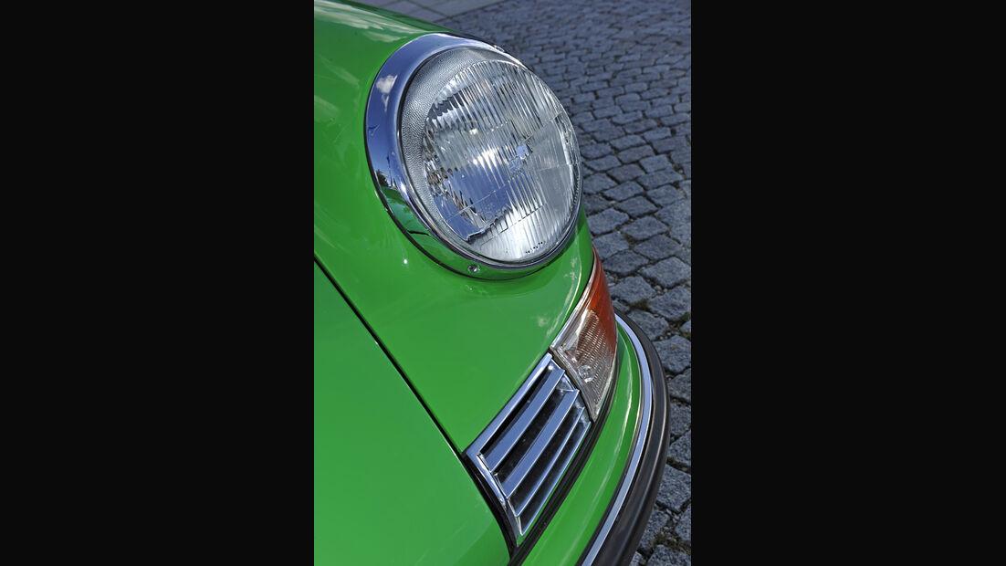 Porsche 911 2.4 Targa, Frontscheinwerfer