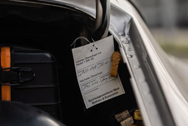 Porsche 911 (964) Cabrio Werks-Turbolook Ex Diego Maradona (1993)