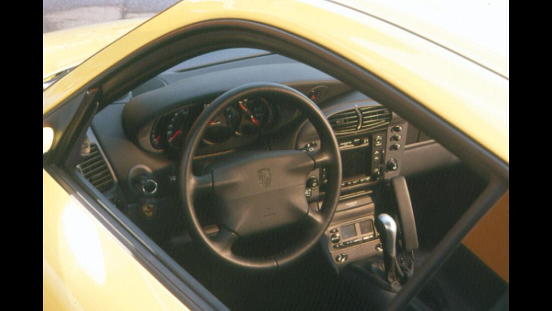 Porsche 911 (996), Lenkrad, Cockpit