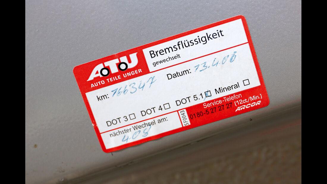 Porsche 911, ATU-Aufkleber
