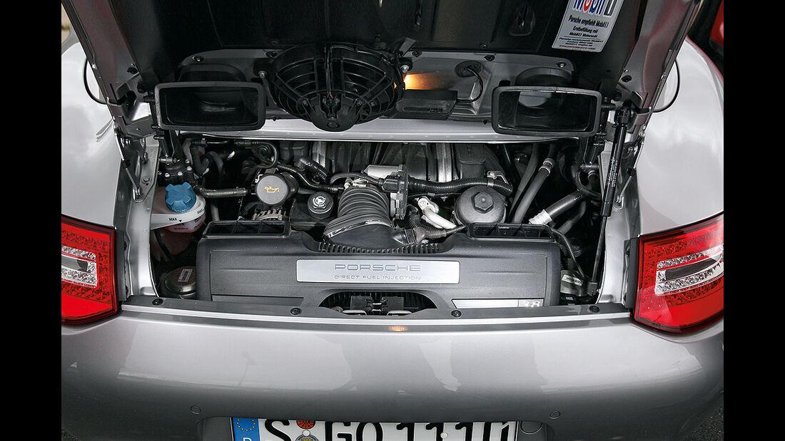 Porsche 911 Carrera 4S Cabrio, Motor