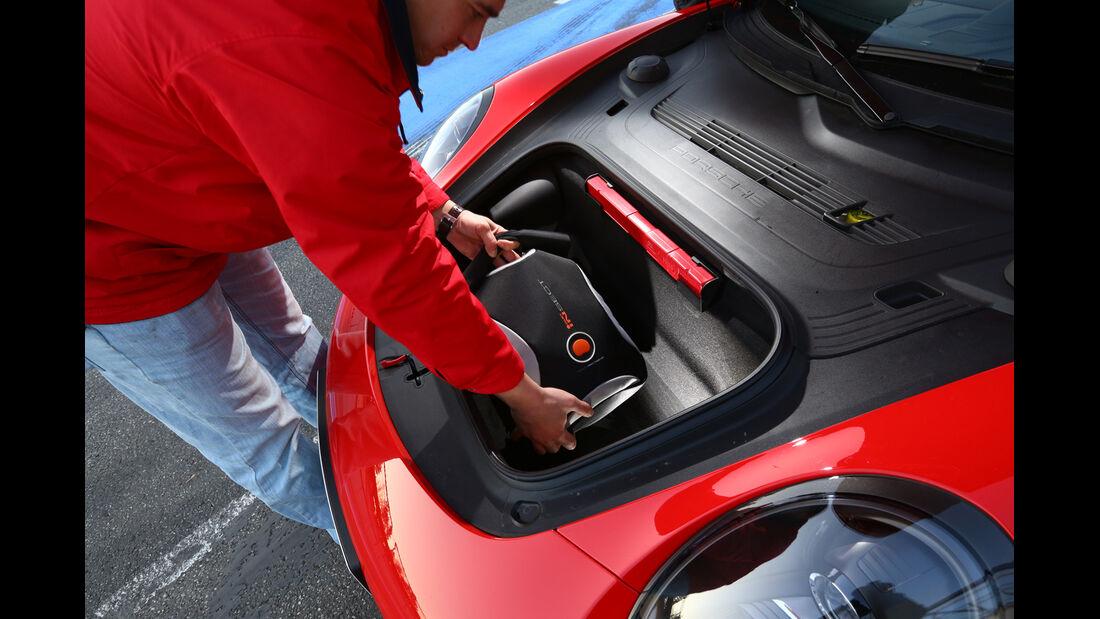 Porsche 911 Carrera 4S, Kofferraum, Stauraum