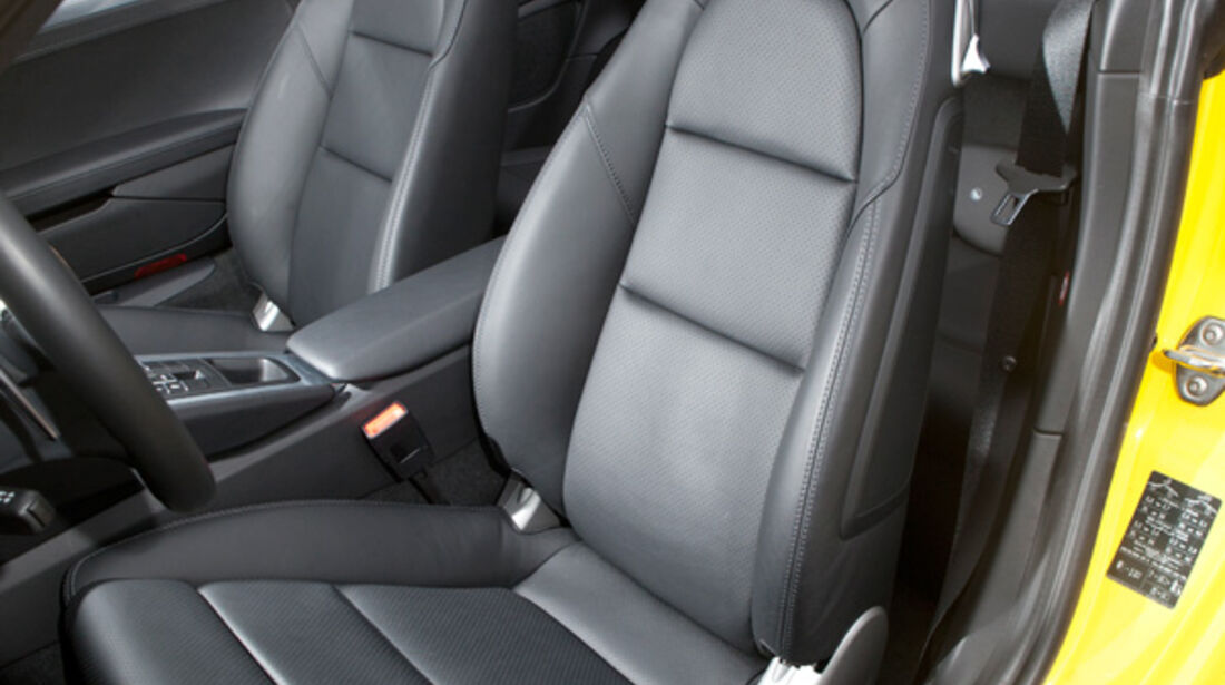 Porsche 911 Carrera Cabriolet, Fahrersitz