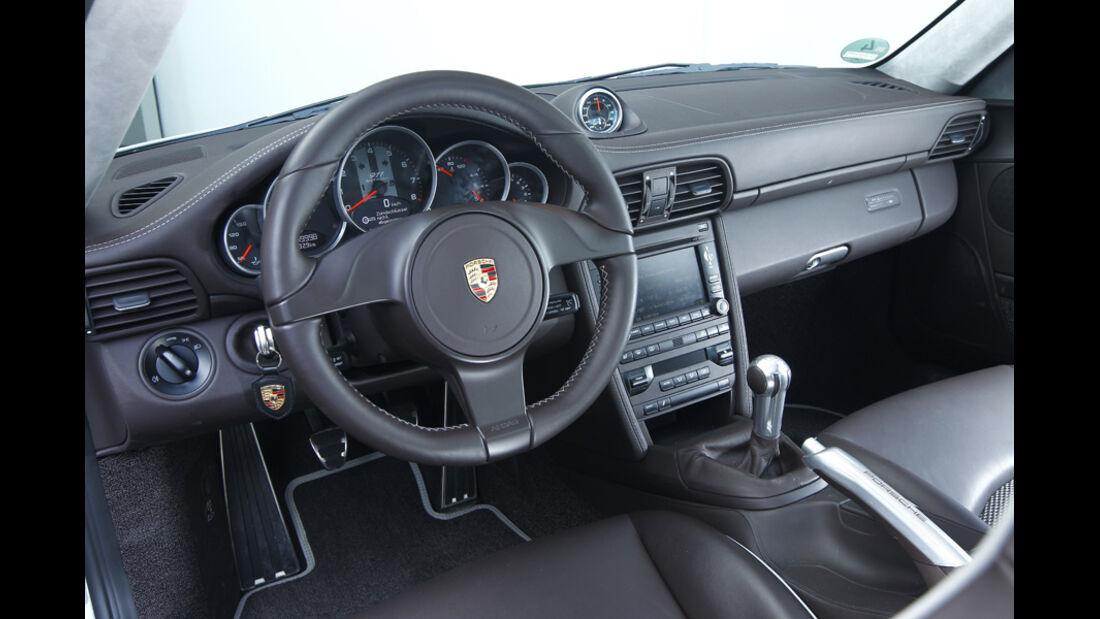 Porsche 911 Carrera Classic Cockpit