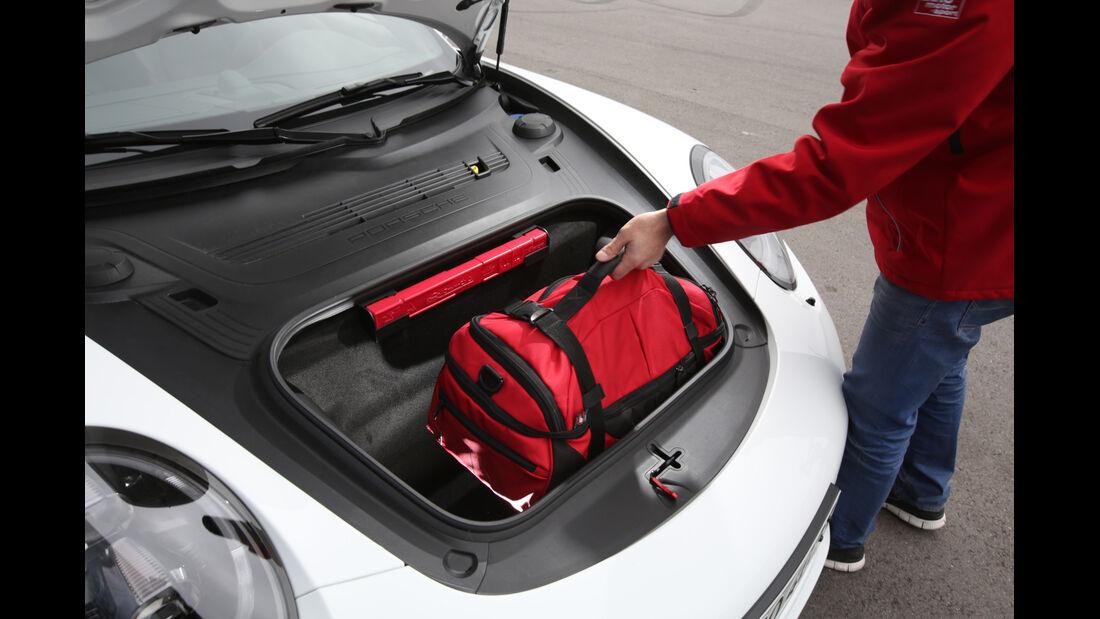 Porsche 911 Carrera GTS, Gepäckraum
