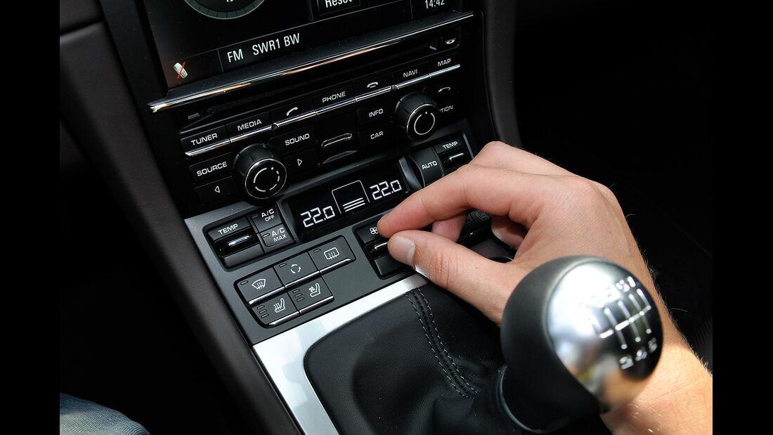 Porsche 911 Carrera, Mittelkonsole, Klimaautomatik