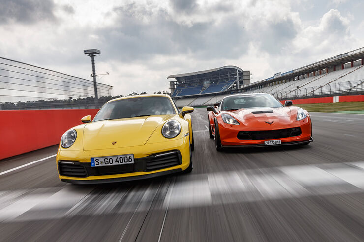 Porsche 911 Carrera S, Chevrolet Corvette Grand Sport Final Edition, Exterieur