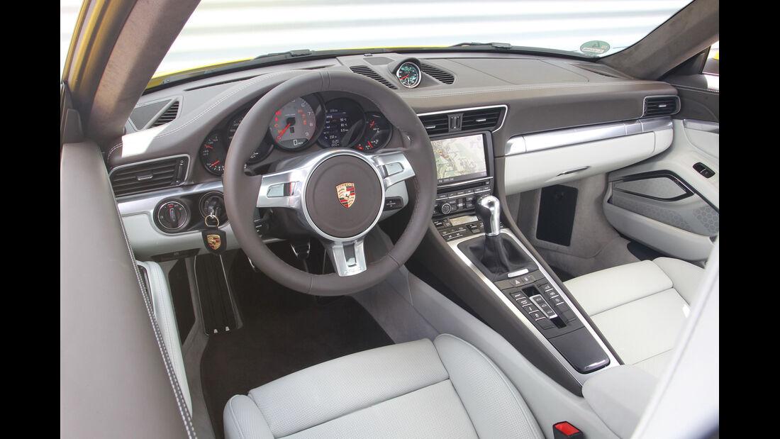 Porsche 911 Carrera S, Cockpit, Lenkrad