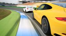 Porsche 911 Carrera S, Nissan 370Z Nismo