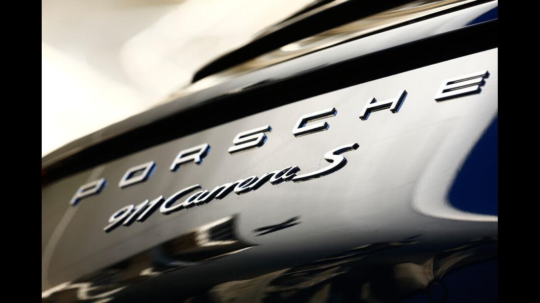 Porsche 911 Carrera S, Schriftzug
