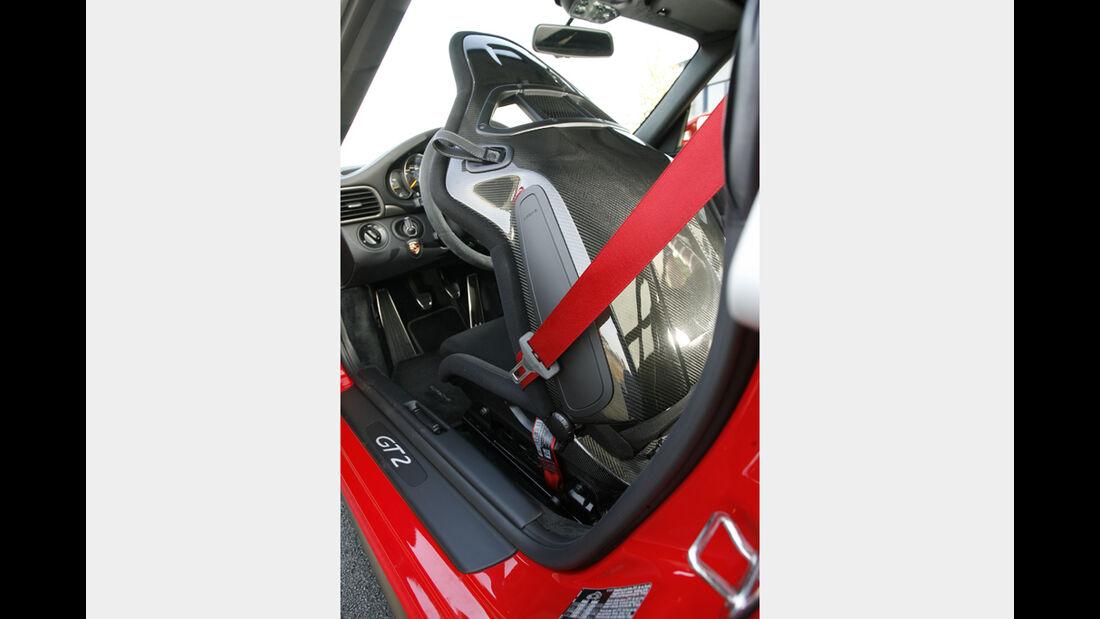 Porsche 911 GT2 12