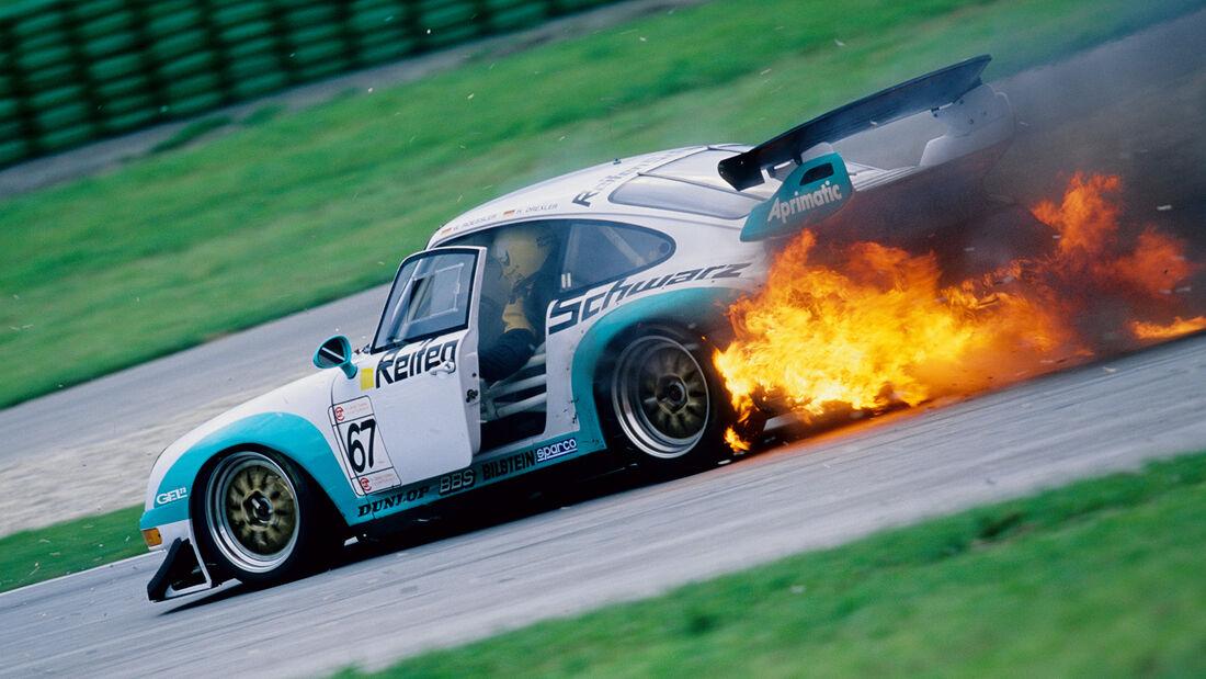 Porsche 911 GT2 Feuer