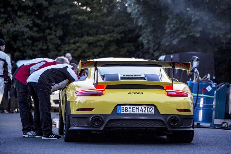 Porsche-911-GT2-RS-2017-Rundenrekord-Nor
