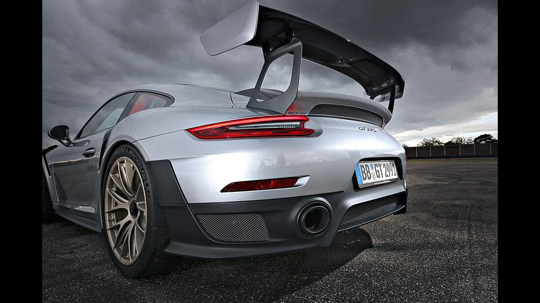 Porsche 911 GT2 RS (991) - Sportwagen - Biturbo