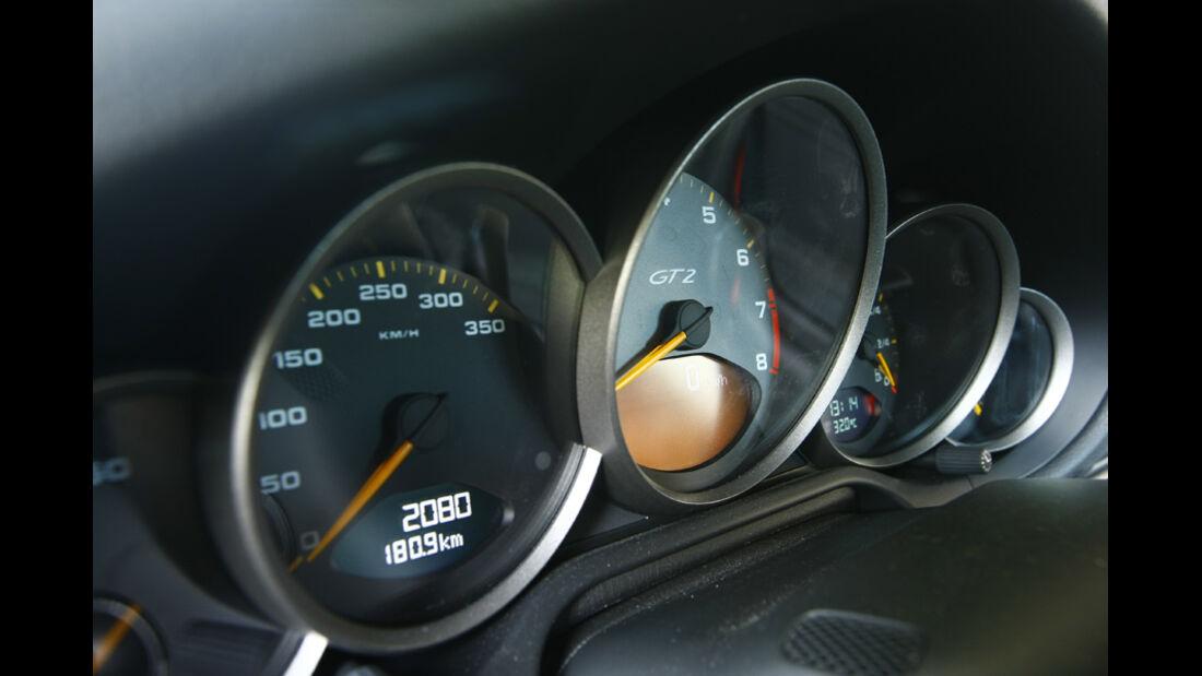 Porsche 911 GT2 RS Instrumentenbrett
