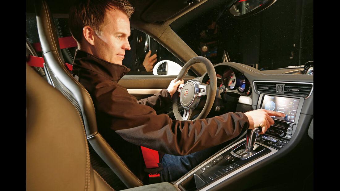 Porsche 911 GT3, Cockpit, Fahrer