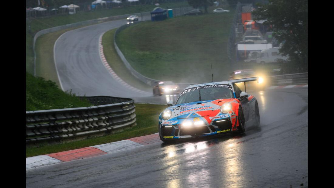 Porsche 911 GT3 Cup - Startnummer #320 - 24h-Rennen Nürburgring 2018 - Nordschleie - 13.5.2018