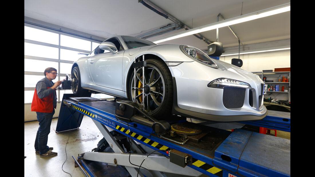 Porsche 911 GT3, Hebebühne