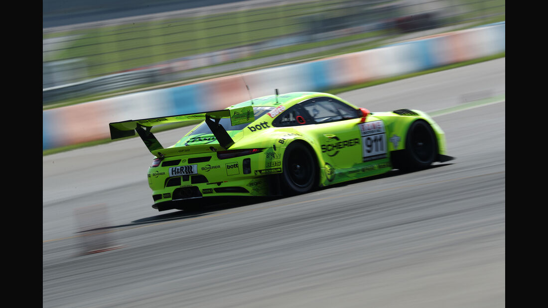 Porsche 911 GT3 R, Exterieur