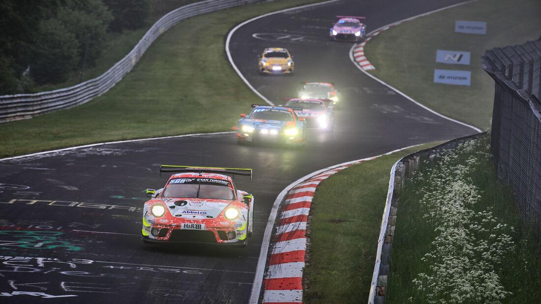 Porsche 911 GT3 R - Frikadelli Racing - Startnummer #31 - 24h-Rennen Nürburgring - Nürburgring-Nordschleife - 6. Juni 2021