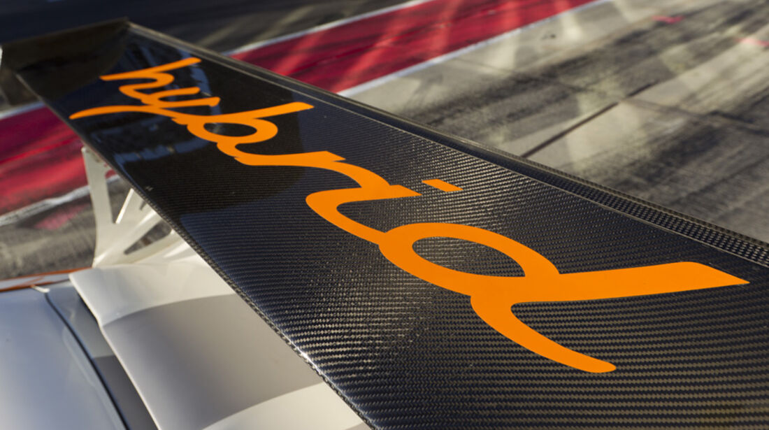 Porsche 911 GT3 R Hybrid Schriftzug