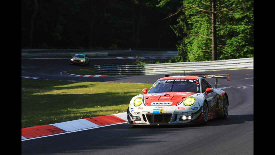 Porsche 911 GT3 R - Startnummer #30 - 24h-Rennen Nürburgring 2017 - Nordschleife - Sonntag - 28.5.2017