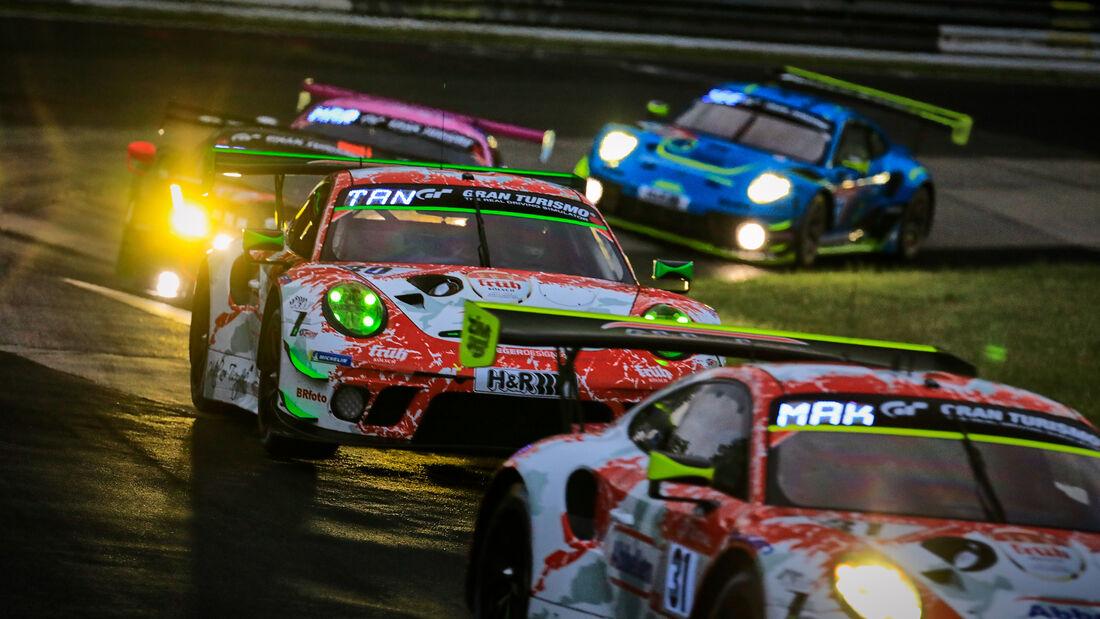 Porsche 911 GT3 R - Startnummer 30 - 24h Rennen Nürburgring - Nürburgring-Nordschleife - 3. Juni 2021