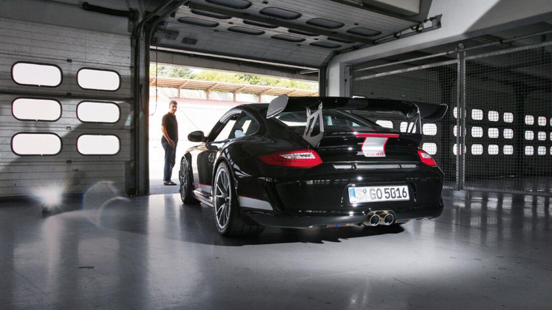 Porsche 911 GT3 RS 4.0, Garage, Heck, Rückansicht