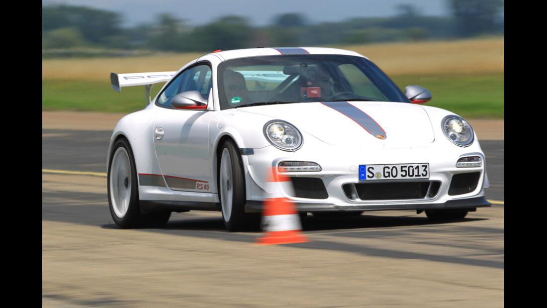 Porsche 911 GT3 RS 4.0, Pylonen