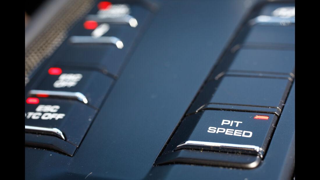 Porsche 911 GT3 RS, Bedienelemente