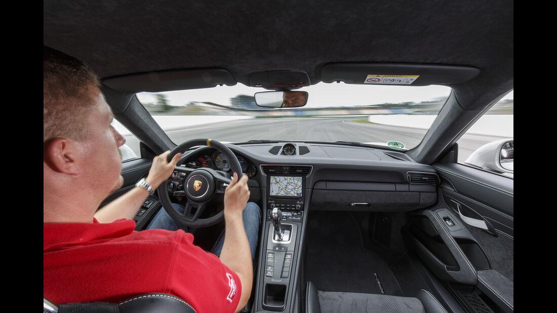 Porsche 911 GT3 RS, Interieur