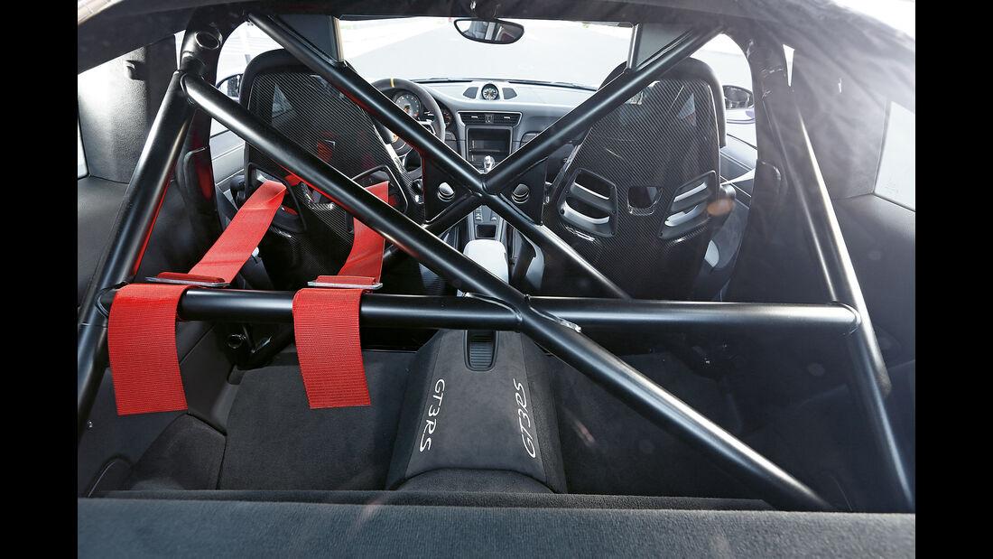 Porsche 911 GT3 RS, Überrollkäfig
