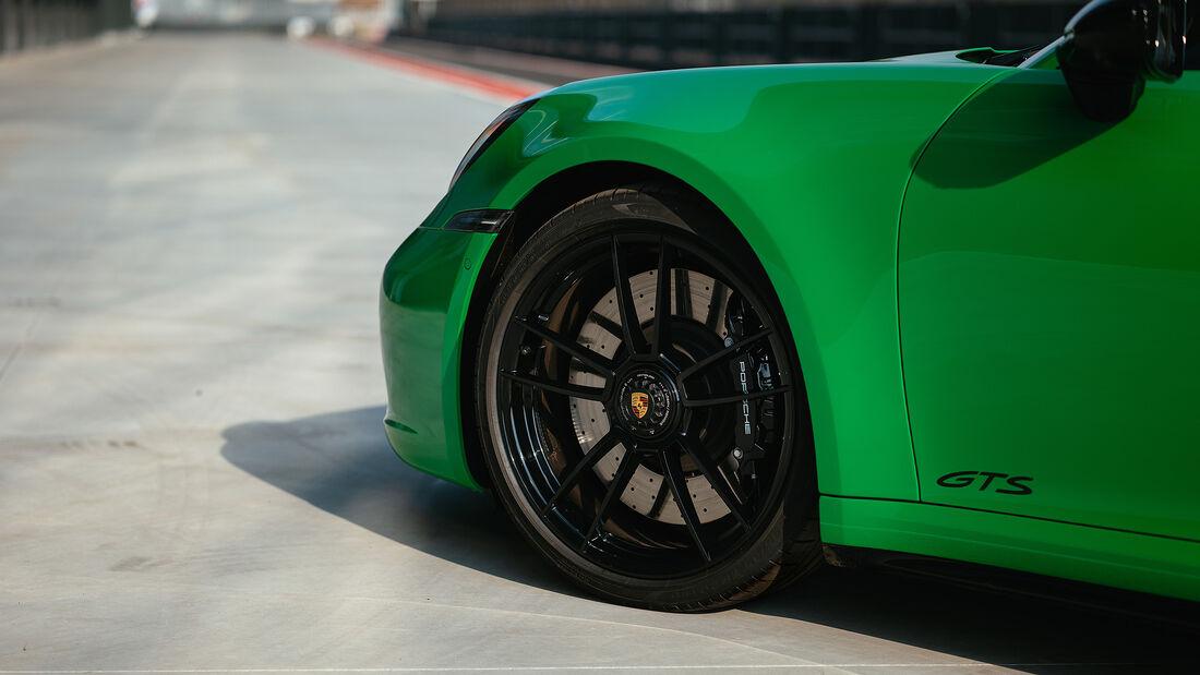 Porsche 911 GTS 992