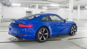 Porsche 911 GTS Club Coupé USA