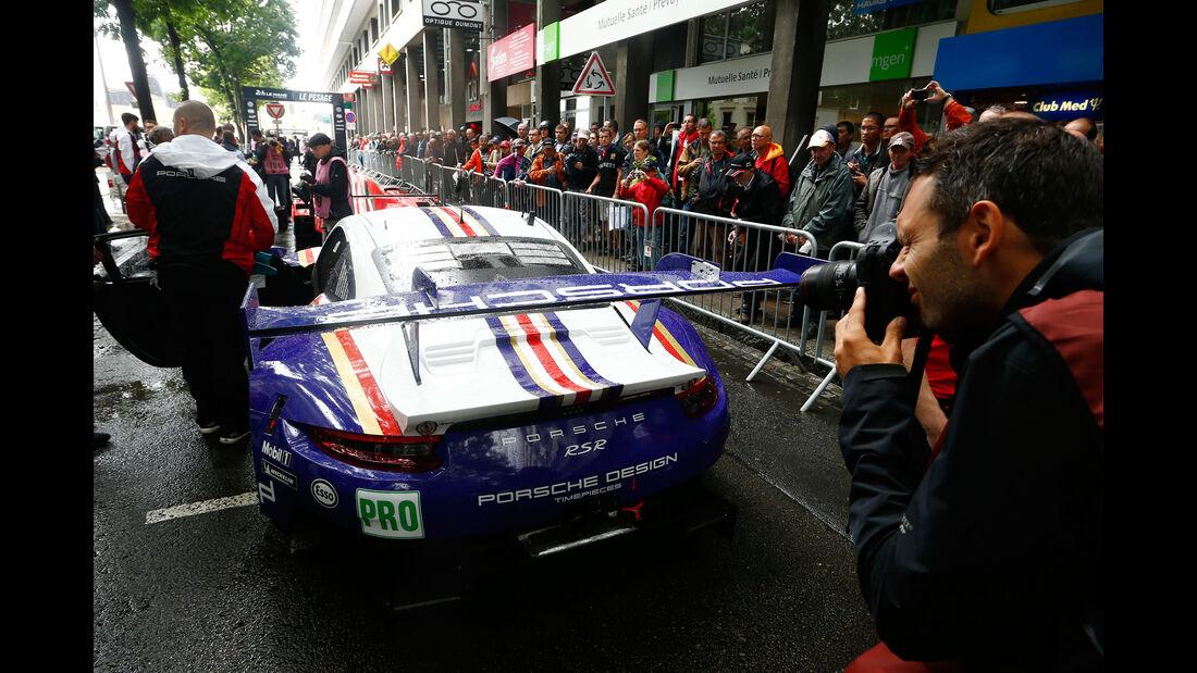 Porsche 911 RSR - 24h Le Mans 2018 - Scrutineering