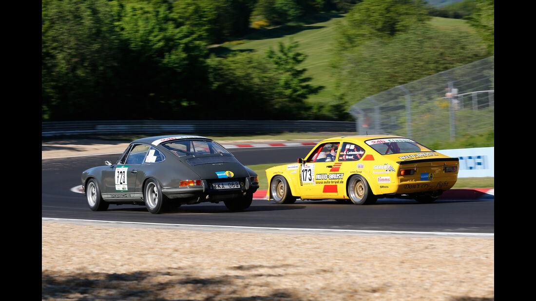 Porsche 911 ST - Opel Kadett C Coupé - 24h Classic 2017 - Nürburgring - Nordschleife