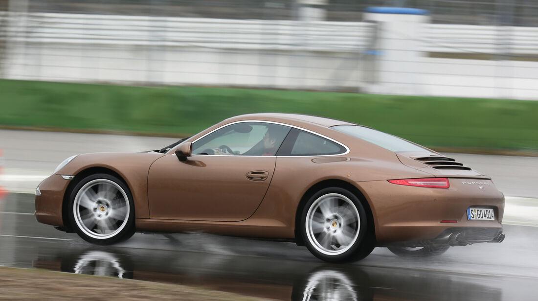 Porsche 911, Seitenansicht, Nässe