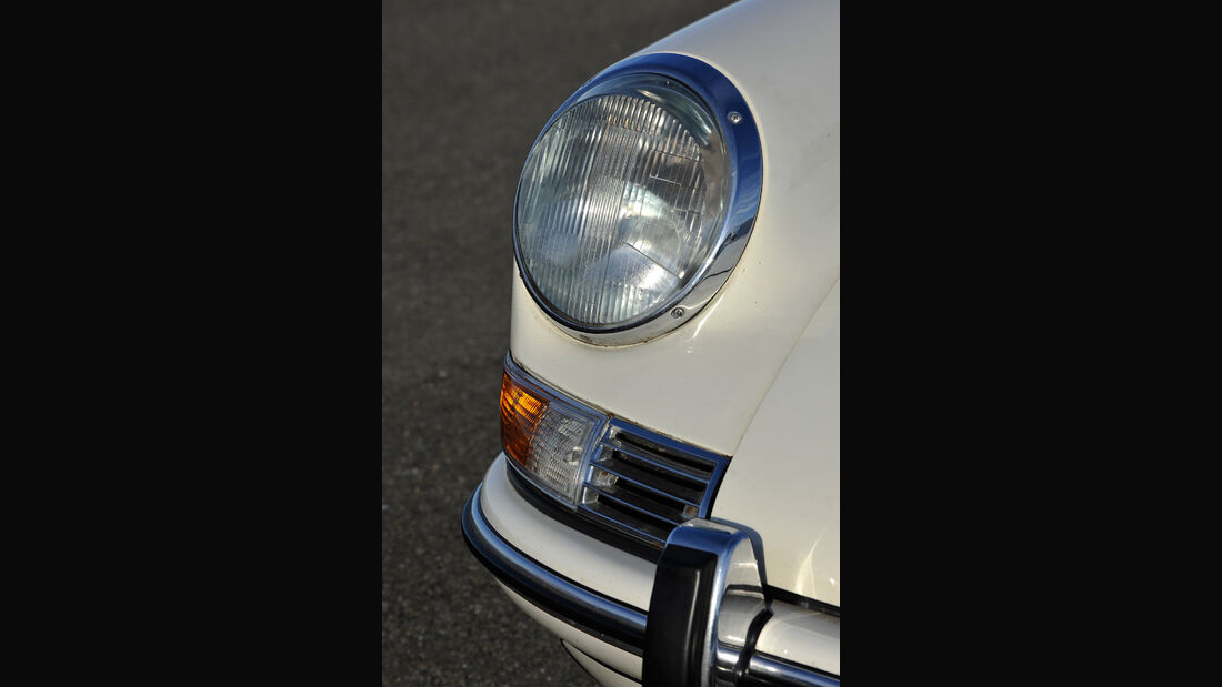Porsche 911 T 2.0, Frontscheinwerfer