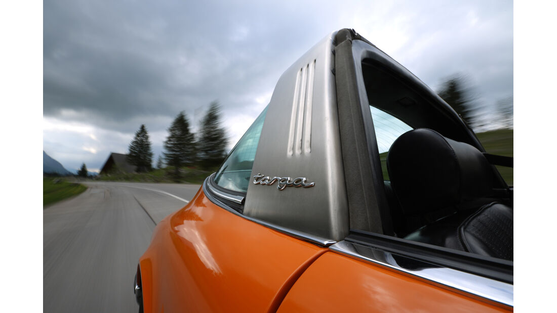 Porsche 911 T 2.2 Targa, Targabügel