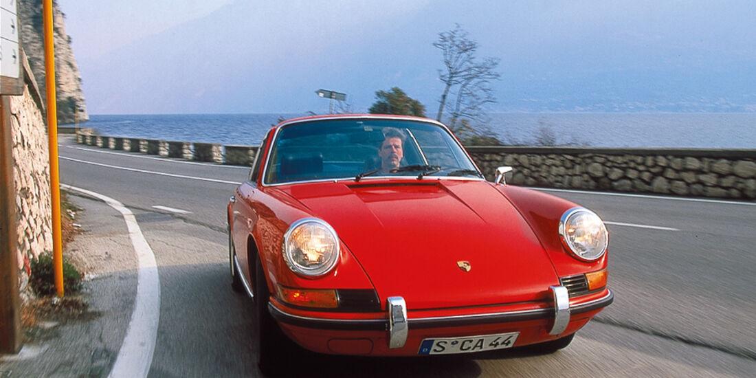 Porsche 911 T 2.4, Front