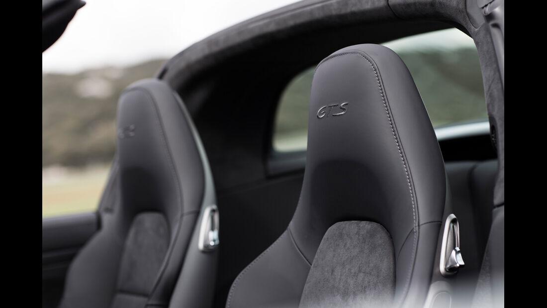Porsche 911 Targa 4 GTS, Kopfstütze